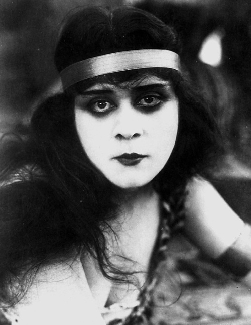 The Theda Bara Sandwich